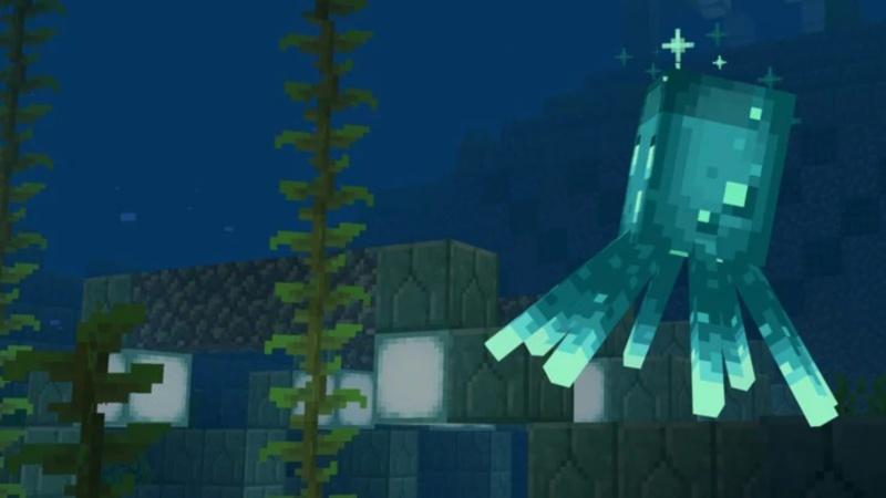 Glow Squid in Minecraft